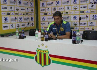 Após primeira vitória fora de casa, técnico do Sampaio reclama de arbitragem