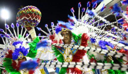 Blocos tradicionais são destaque do sábado na Passarela
