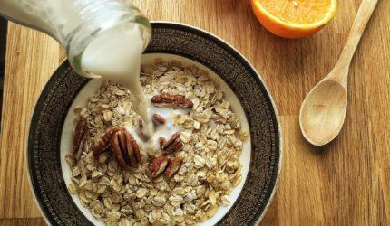 Dicas de comidas relaxantes para o Dia Mundial do Yoga