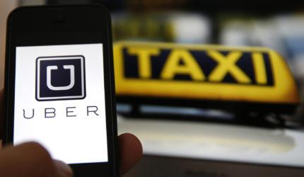 Uber é oficialmente proibido, mas serviço continua