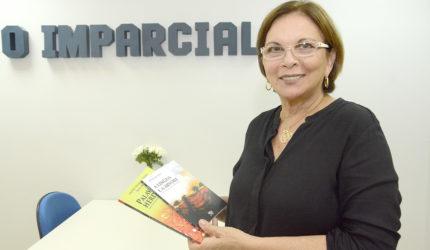 Sônia Almeida lança duas obras na AML