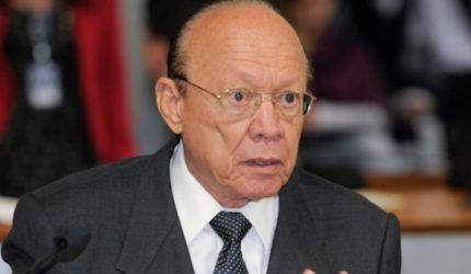 Ligado a Sarney, João Alberto deixa presidência de conselho do Senado após 12 anos