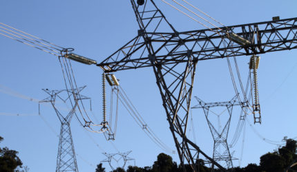 Brasil tem superávit de energia pela primeira vez em 77 anos