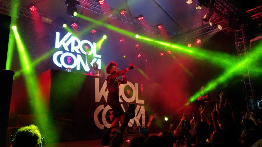 A curitibana Karol Conká foi uma das atrações da primeira noite de shows do Festival ELAS. Foto: Esaú Araújo.