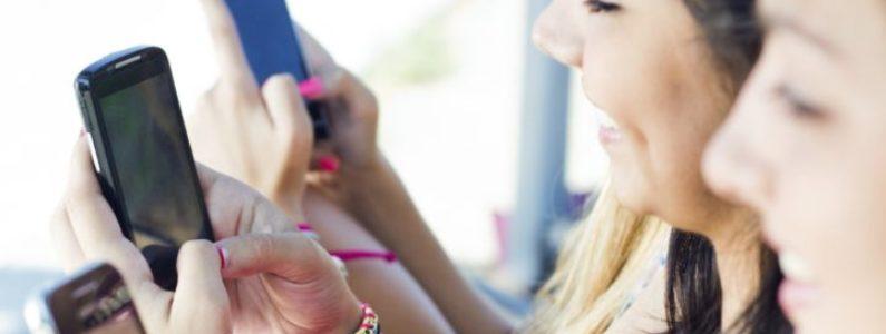 Redes sociais podem estreitar ou prejudicar as amizades?
