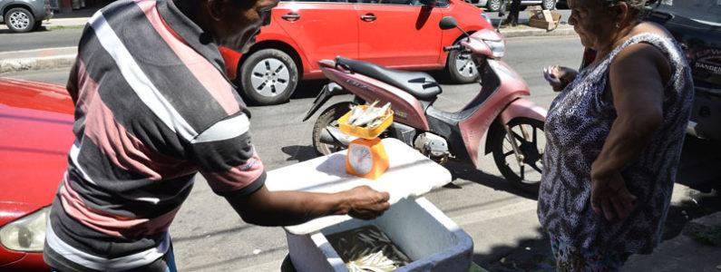 Ambulantes são proibidos de vender nas ruas de Ribamar