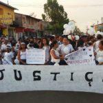 Familiares protestam por justiça. Foto: reprodução.