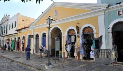 Lojas e supermercados fecham as portas na segunda-feira em São Luís