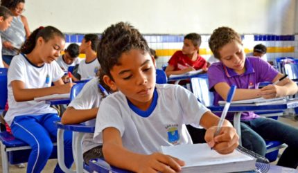 13 mil alunos da rede municipal participam de avaliação