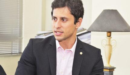 """""""Jogo em qualquer posição"""", diz Duarte Júnior"""