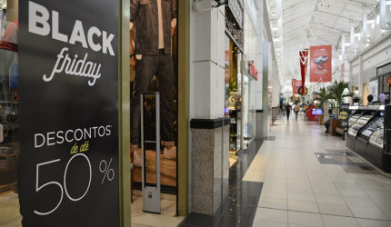 Prévia do Black Friday impulsiona comércio na capital