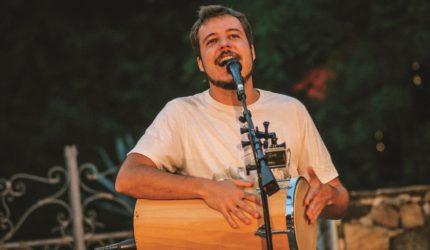 João Cavalcanti faz show pela primeira vez em São Luís