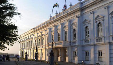 Sete secretários e três presidentes de órgãos deixam Governo Dino