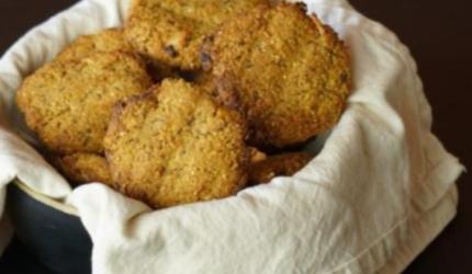 Aprenda a preparar Cookies com Batata Doce, Mel e Quinoa