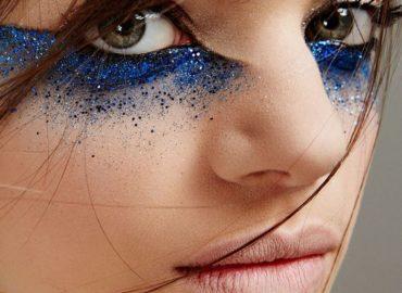 maquiagem glitter mulher