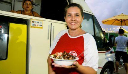 Food Trucks aproveitam momesca folia para lucrar