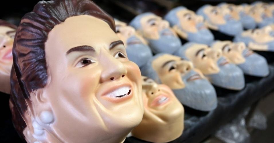 mascaras de políticos são pouco procuradas nesse carnaval o imparcial
