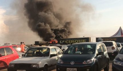 Após fogo em caminhão, circo continua com atividades normais