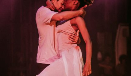 Balé Feminicídio: Companhia leva tema polêmico para o teatro