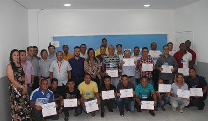BRK Ambiental oferece cursos para moradores de Ribamar e Paço do lumiar
