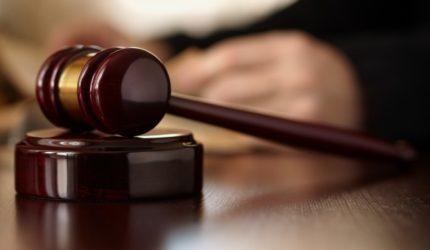 Município é condenado por morte de criança atendida por falso médico