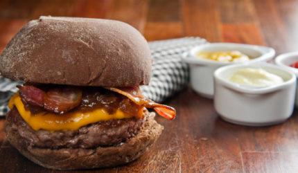 Dois festivais agitam Dia Mundial do Hambúrguer em São Luís