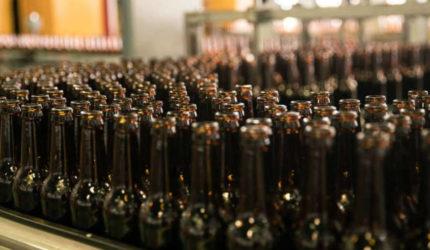 Cerveja, refrigerante e água podem faltar nos próximos dias