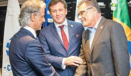 Fernando Sarney é reeleito conselheiro da FIFA com votação unânime