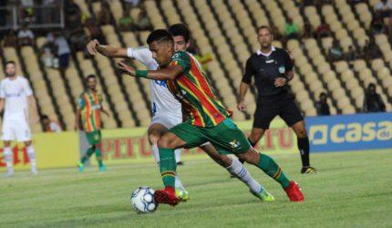 Sampaio recebe o Atlético-GO no Castelão
