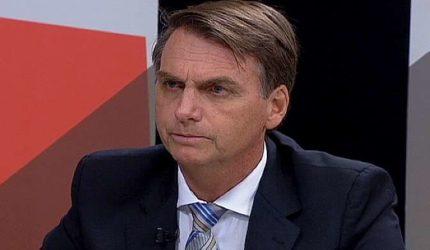 VÍDEOS: Jair Bolsonaro é esfaqueado em Minas Gerais