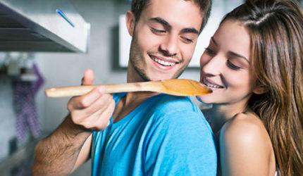 Namorar faz você engordar até 5 kg