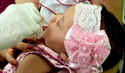 Vacinação contra sarampo e poliomielite começa nesta segunda