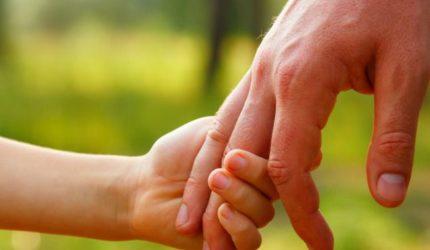 Projetos auxiliam na inclusão do nome do pai no registro de nascimento