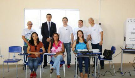 Eleitores de Montes Altos participam de eleição simulada biométrica