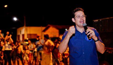 Justiça manda Alexandre Almeida excluir programa sobre Weverton