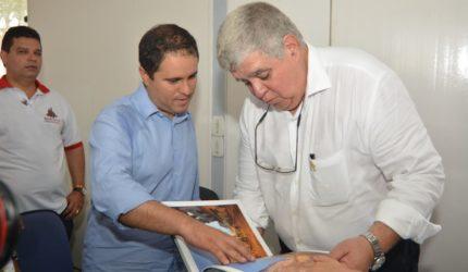 Edivaldo e ministro Carlos Marun fazem vistoria no Centro Histórico