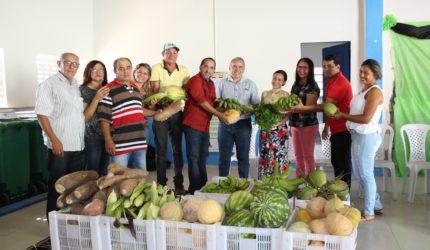 Governo compra R$ 3 milhões em alimentos de agricultores familiares