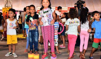 Evento social para crianças e adolescentes no Circo Escola