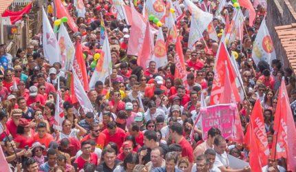 Em São Luís, Haddad chama Bolsonaro de chefe de milícia
