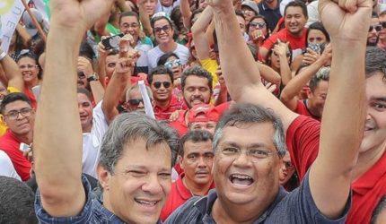 Haddad faz promessas durante passeata em SL
