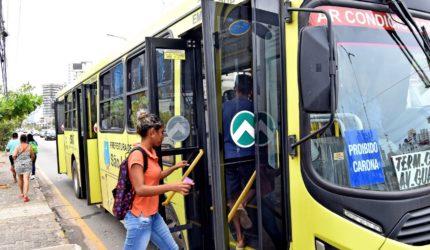 Reforço dos agentes de trânsito e frota completa dos ônibus na rua para o segundo dia de Enem