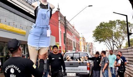 Comércio informal sai das ruas da Praça Deodoro