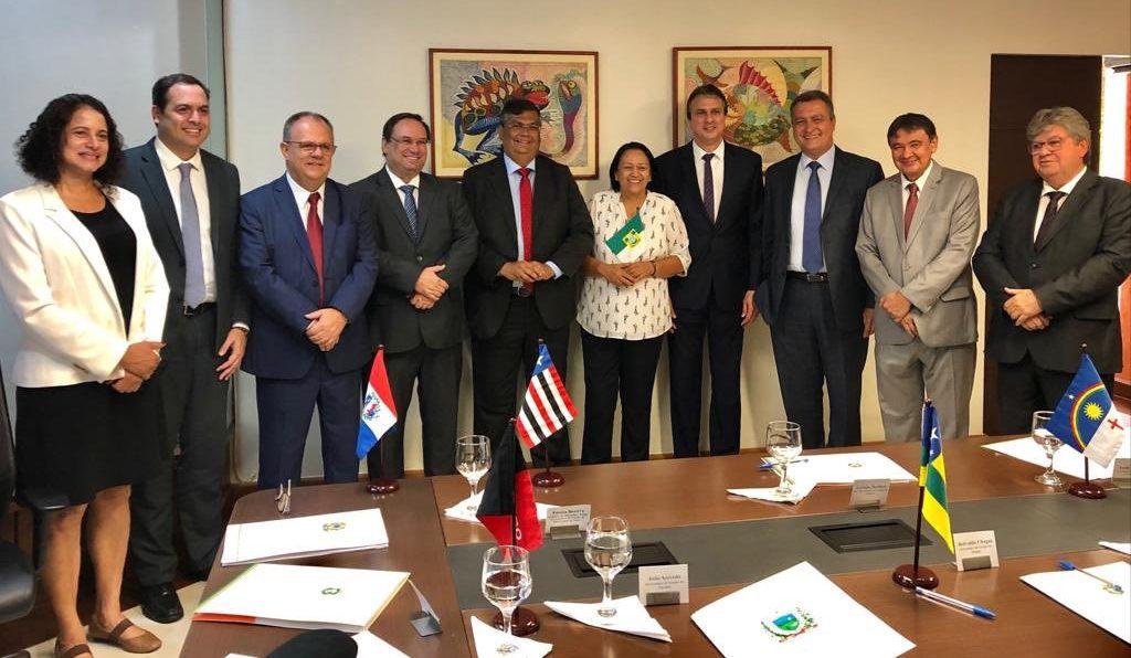 Resultado de imagem para em Brasilia para reunião de governadores do NE