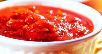 Saiba como fazer molho de tomate caseiro