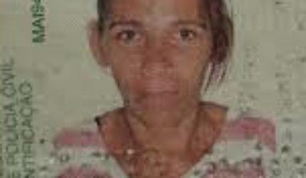 Mulher é executada a tiros na porta de casa