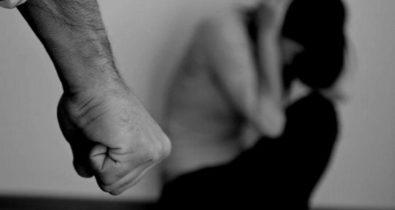 Mulher é agredida pelo marido a 'tesouradas'