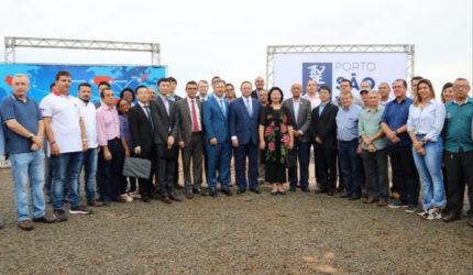 Vice-governador e cônsul chinesa celebram avanços nas obras do Porto São Luís