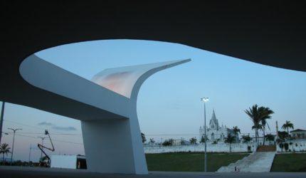 Praça Maria Aragão e outras 7 grandes obras de Oscar Niemeyer