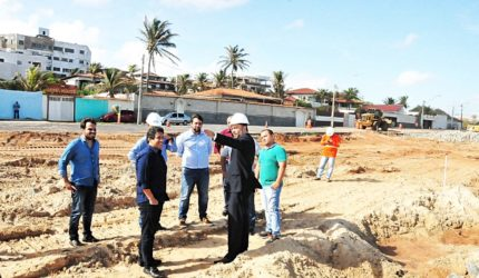 Obra de extensão da Avenida Litorânea recebe inspeção