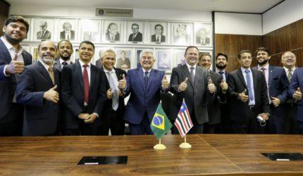 Governador do Maranhão se reúne com ministro de Bolsonaro